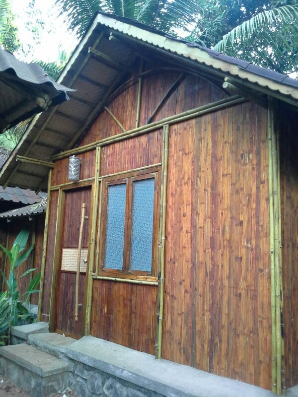 Flattened bamboo walls of the cottage
