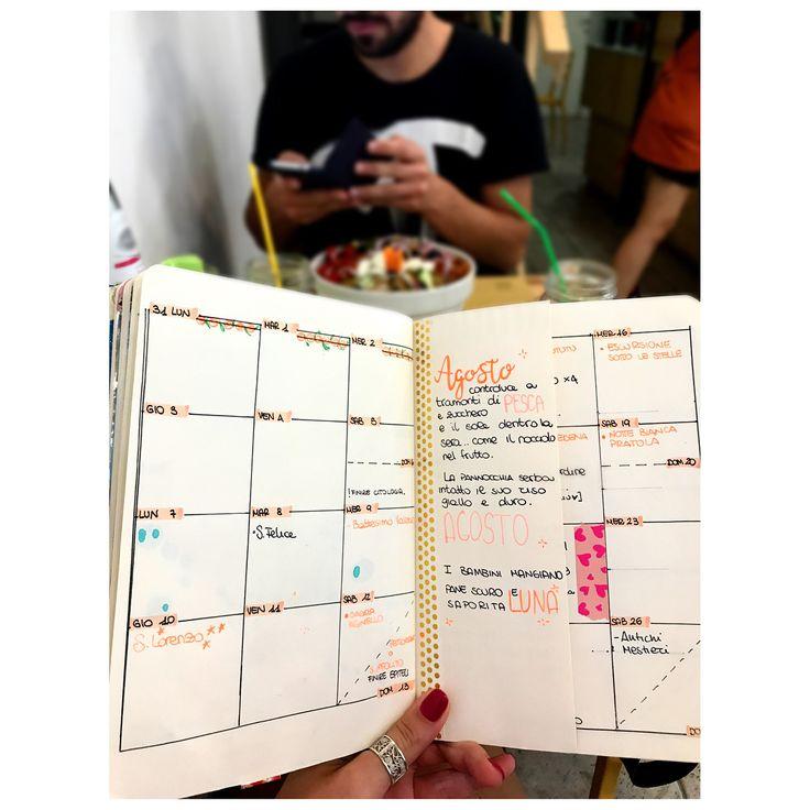 """""""Mi piace"""": 43, commenti: 5 - Elena Picciotto (@ele_bmoon) su Instagram: """"Ogni volta sfioro livelli di disagio più alti: oggi ho portato l'agenda a pranzo fuori. 🥗💕📔 • • • •…"""""""
