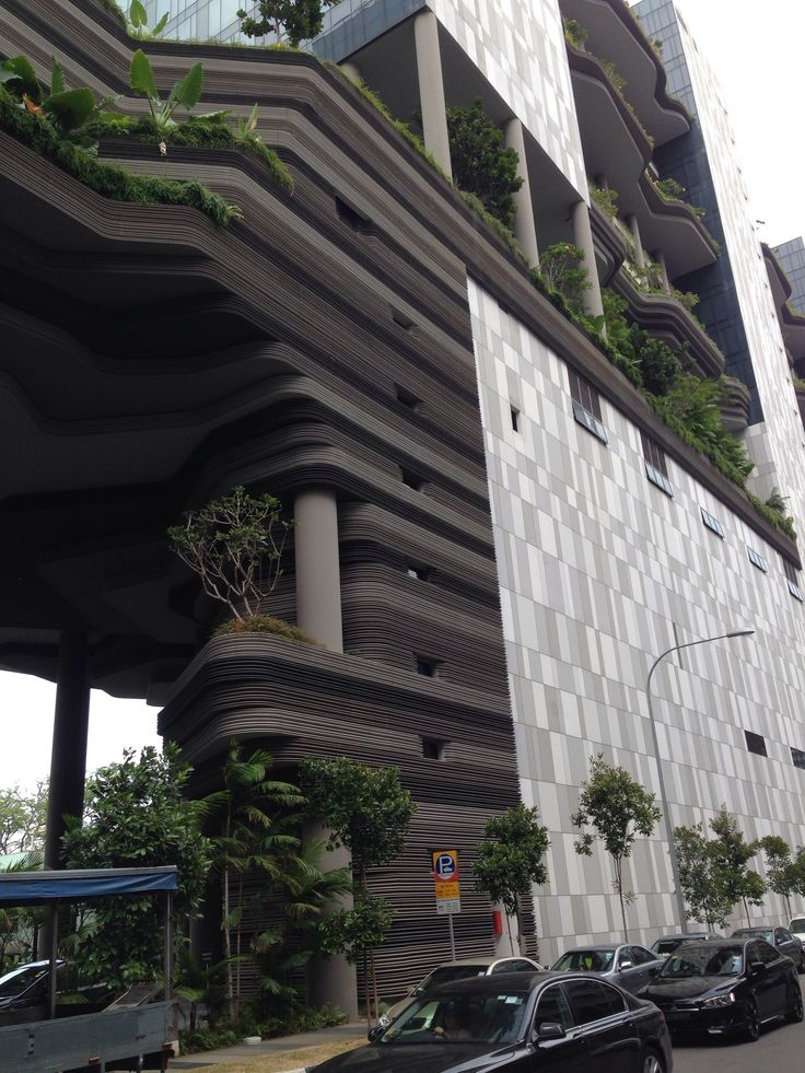 Modern, green and spectacular! Parkroyal hotel, Singapore.