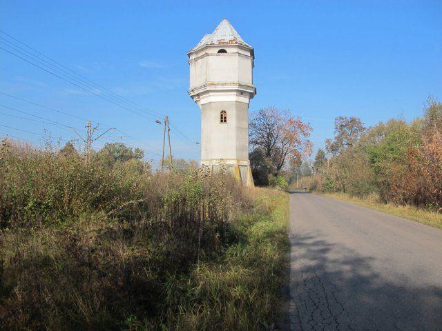 Kolejowa wieża ciśnień w Rudzie Talubskiej.