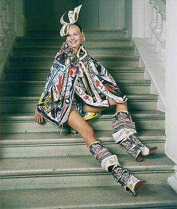 Postmodernism in fashion -- Clothing that rejects the traditional meaning for clothes, protection and necessity, and makes it more symbolic and aesthetic. (Vivienne Westwood)