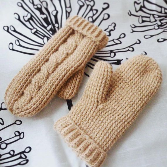 Women's Crochet Alpaca Warm Winter Mittens in light от @joycofferpin #crochet #crochetmittens #mittens #alpaca #alpacamittens #handmade #crochetfashion #winterfashion #warm #cozy #beige #lightcamel