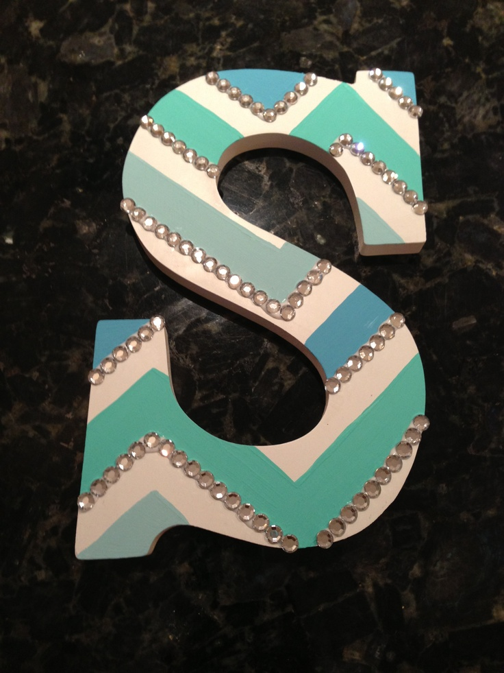 cute diy blue chevron wooden letters for my roommates and is dorm