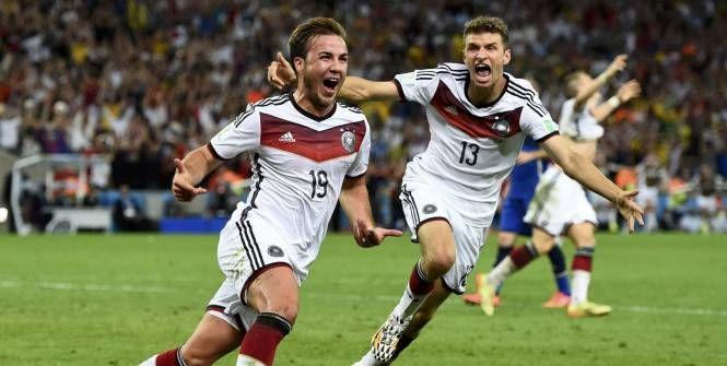 Vidéo feu d'artifice fin de la Coupe du Monde 2014 - http://www.actusports.fr/112561/video-feu-dartifice-fin-coupe-du-monde-2014/