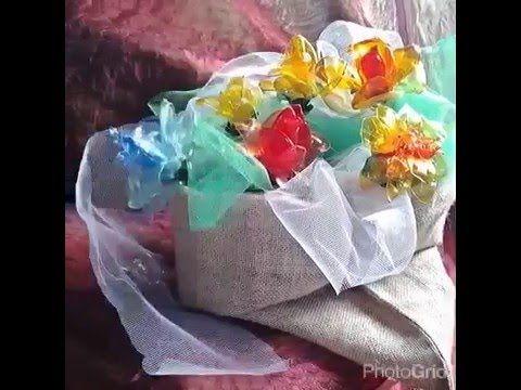 Composizioni di plastica riciclata. - YouTube  -#flower #diy #plasticbottles
