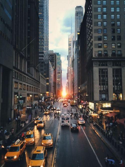 Manhattan Henge By Christopher B. Stewart