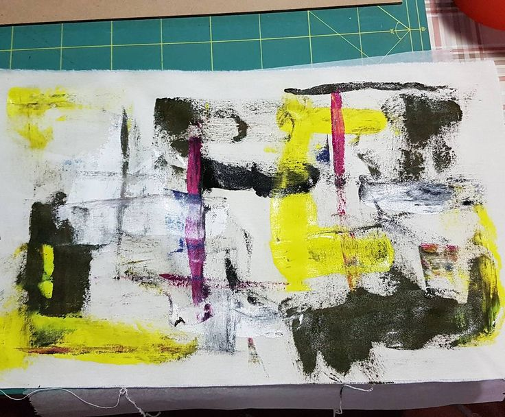 Going abstract (aka cleaning my palette) . #isiorizado #paintingonfabric #abstract #naughty #madeingreece #tryingnewthings