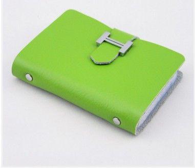Pouzdro na doklady a kreditní karty zelené – pouzdra na doklady Na tento produkt se vztahuje nejen zajímavá sleva, ale také poštovné zdarma! Využij této výhodné nabídky a ušetři na poštovném, stejně jako to udělalo …