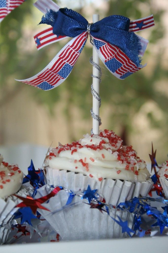 4th of July or Memorial Day Cupcake Toppers- do it for Birthdays, too!