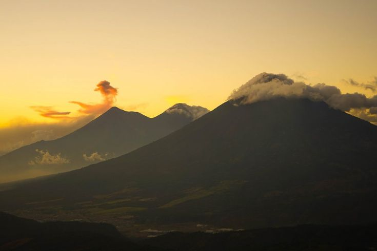 Find out what you need to know before you go hiking Pacaya volcano, what to bring with you and how hard the trek is. Roast marshmallows and might even see lava on top!