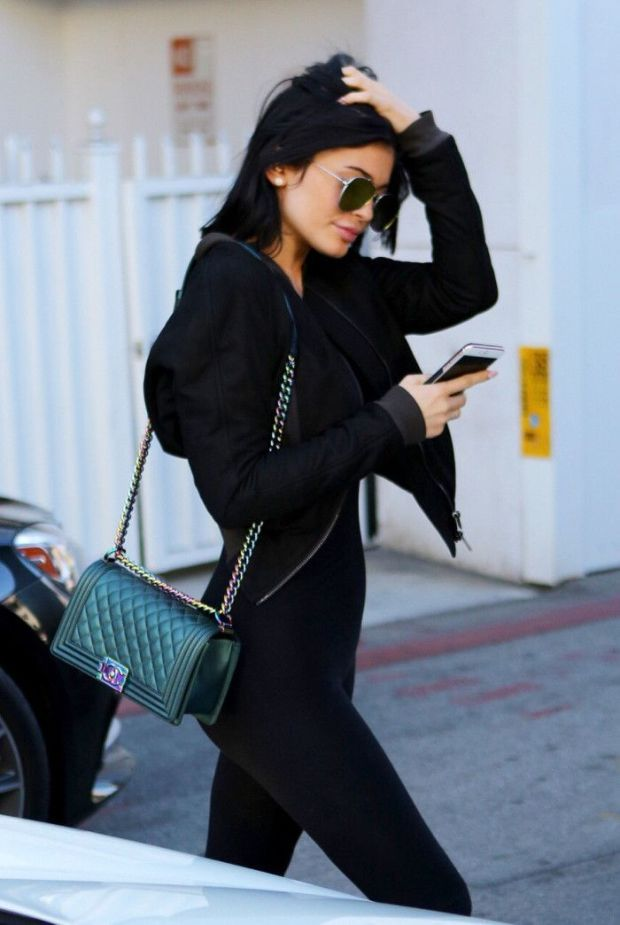 8c3b173831271e awesome 20 + Spring Street Style Outfit Ideen 2018 - 2019 | a vibe in 2019  | Kylie jenner style, Kylie jenner und Kylie jenner outfits