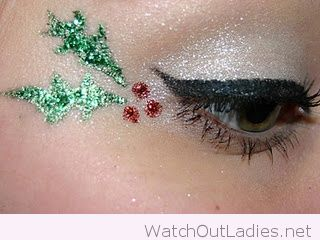 Christmas eye makeup wit green and red