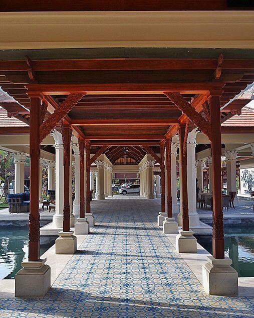 Going through the pillars of lobby at Padma Ubud. By #MilesHumphreysArchitect