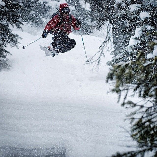 "Repost from @islandlakelodge by #CatskiingCanada @catskiing Lake guide ""Sick"" Nick Morris gets a little air during a storm.  @powderhighway #catski #catskiing #skibc #snowcat #ski #powtown #wowpow #ferniestoke #explorebc #skithedeep #deepow"