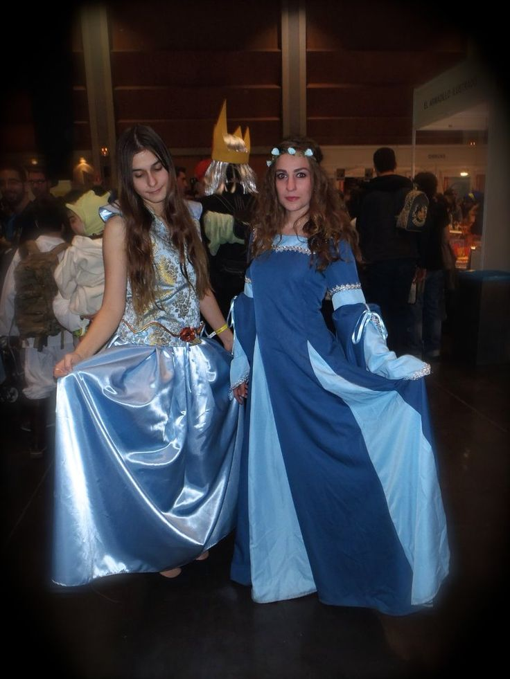 Margaery Tyrell Cosplay Cosplayer: BatgirlGo (This is my very first time sewing) #margaerytyrell #margaerycosplay #cosplay #margaerytyellcosplay #gameofthronescosplay #gameofthrones #juegodetronos #batgirlgo #zaragoza #cosplayspain
