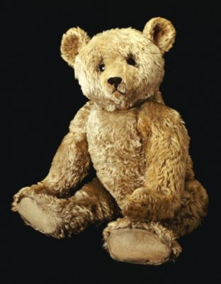 ~ teddy bear ~ Early Steiff...I love that round face that looks like a real bear.