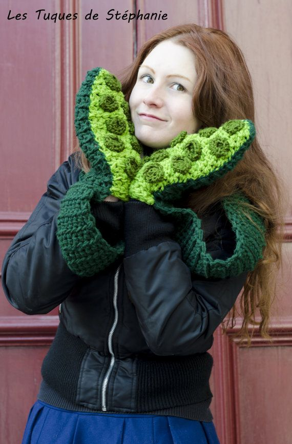 Crochet PATTERN scarf mittens tentacle by LesTuquesDeStephanie