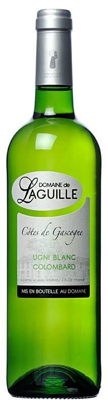 UGNI BLANC – COLOMBARD - Blanc sec La vinification, l'élevage et la mise en bouteille sont effectués sur le Domaine. Le soin apporté au travail de la vigne tout au long des saisons ainsi que l'attention portée au moment de la vendange et de la vinification sont à l'origine de la qualité constante de nos vins.