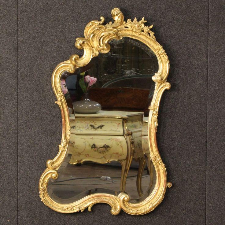 1250€ French gilded mirror in wood and plaster of the late 19th century. Visit our website www.parino.it #antiques #antiquariato #furniture #antiquities #antiquario #mirror #miroir #specchio #specchiera #golden #gold #decorative #interiordesign #homedecoration #antiqueshop #antiquestore