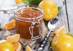 Ingrediente :  2 kg  portocale  1  lamaie  2 kg  zahar  1 baton de  scortisoara  (optional)   Mod de preparare:   Spala portocalele si taie-le cubulete, cu tot cu coaja. Pune-le intr-un  castron  si adauga zaharul peste ele. Acopera vasul si...