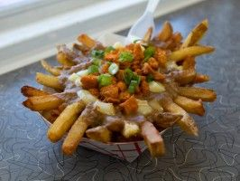 Poo-Yie Fries (Cajun Poutine) : Recipe courtesy of Freetown Fries, Lafayette, Louisiana  Show: Chuck's Eat the Street Episode: A Canadian Goes Cajun