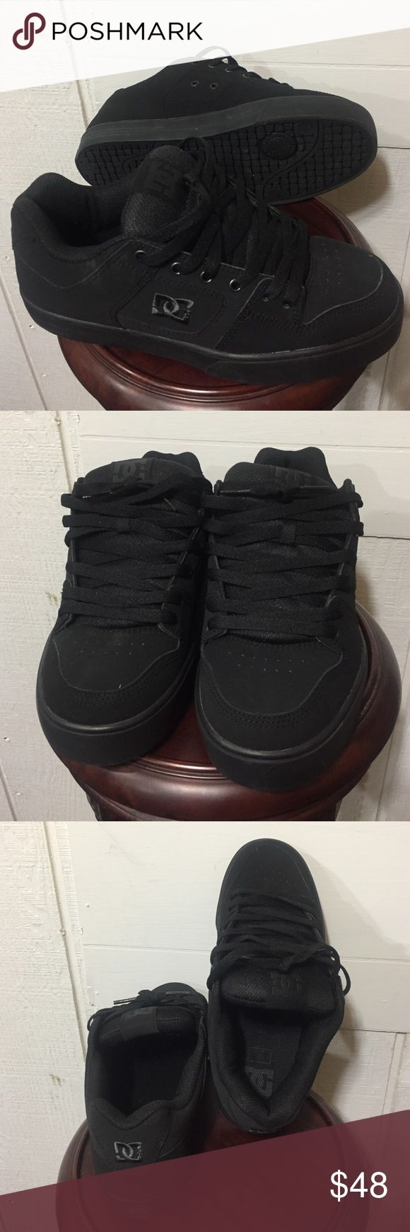 •All Black DC Skate Shoes (9)• D.C. Brand. US size 9, EUR 42. ✨These are like-new.✨ Worn one time. NO issues, stains, tears, odors. All black. Skate shoes.👍🏽 DC Shoes