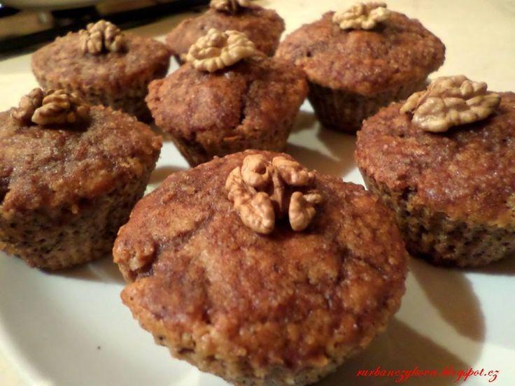 Ořechové muffiny