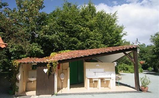 Location Camping à la ferme - location emplacement camping en Vendée (85) proche du Puy du Fou et de La Roche sur Yon - Accueil paysan - La Maison Neuve - La Ferrière