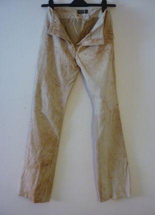 Kupuj mé předměty na #vinted http://www.vinted.cz/damske-obleceni/kozene-kalhoty/9590563-kozene-kalhoty-manebo-z-mekke-kuze