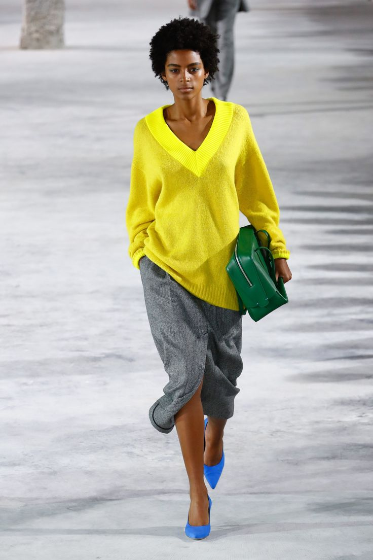 The complete Tibi Fall 2018 Ready-to-Wear fashion show now on Vogue Runway.