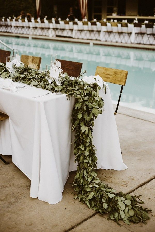 Leafy tablescape for an earthy charm | Image by Lauren Scotti Photography