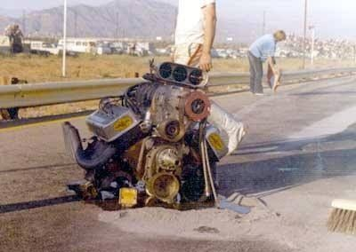 Vintage Drag Racing - Dragster loses engine - Photo #3