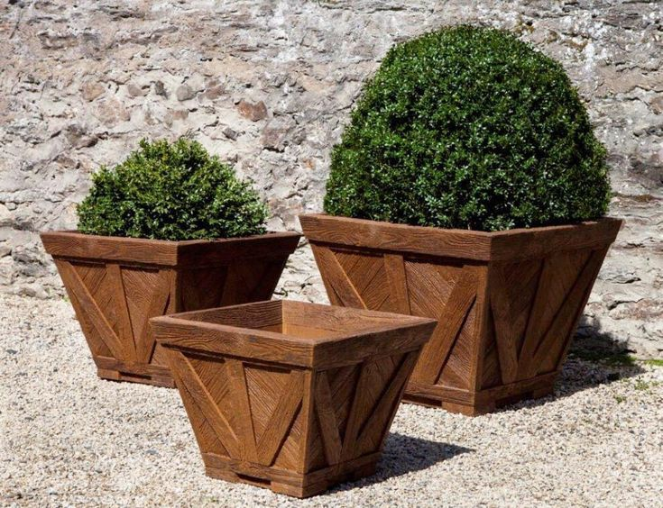 First sign of SPRING FEVER: browsing the internet for garden accessories & planters  #trendmeetstradition #springfever #boxwood . . . #outdoorliving #gardens #planter #outdoors #williamsburg #colonialwilliamsburg #traditional #traditionalhome #exterior #patio #boxwoods #rustic #rusticdecor #interiordesigner #landscapelover #landscaping #landscapedesign #luxuryhomes #colonial #18thcentury #topiary #outdoorfurniture #wooden #garden #campania