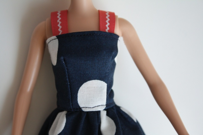 Barbie® dress tutorial. Tiny is as hard as large, and I once swore I wouldn't do this again, but apparently enough time has passed....