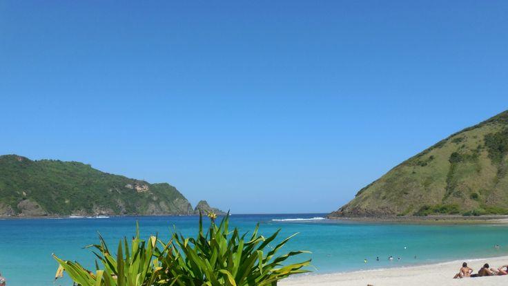 Pantai Mawun di Lombok, Nusa Tenggara Barat Nikmati keindahan pantai yang menawan