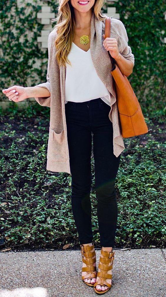 #fall #fashion / gray pink cardigan