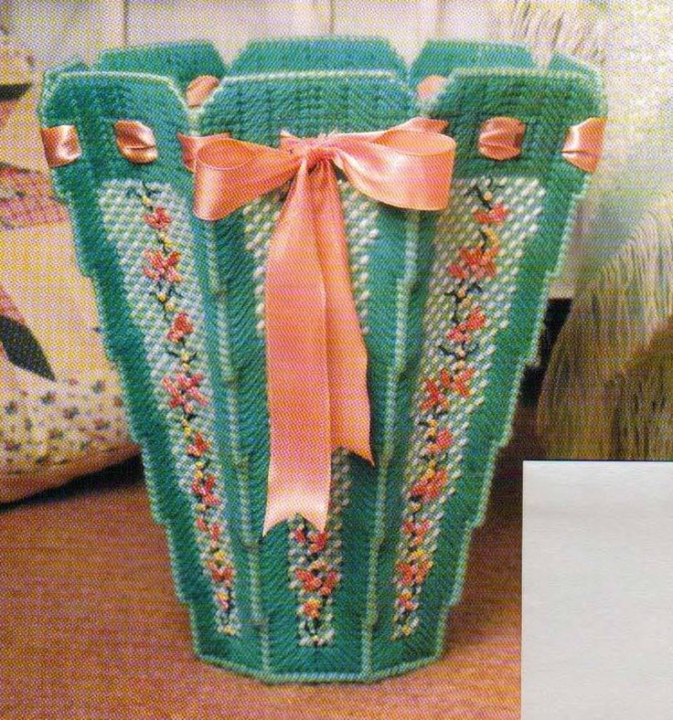 Climbing Flowers Waste Basket Plastic Canvas Pattern Only