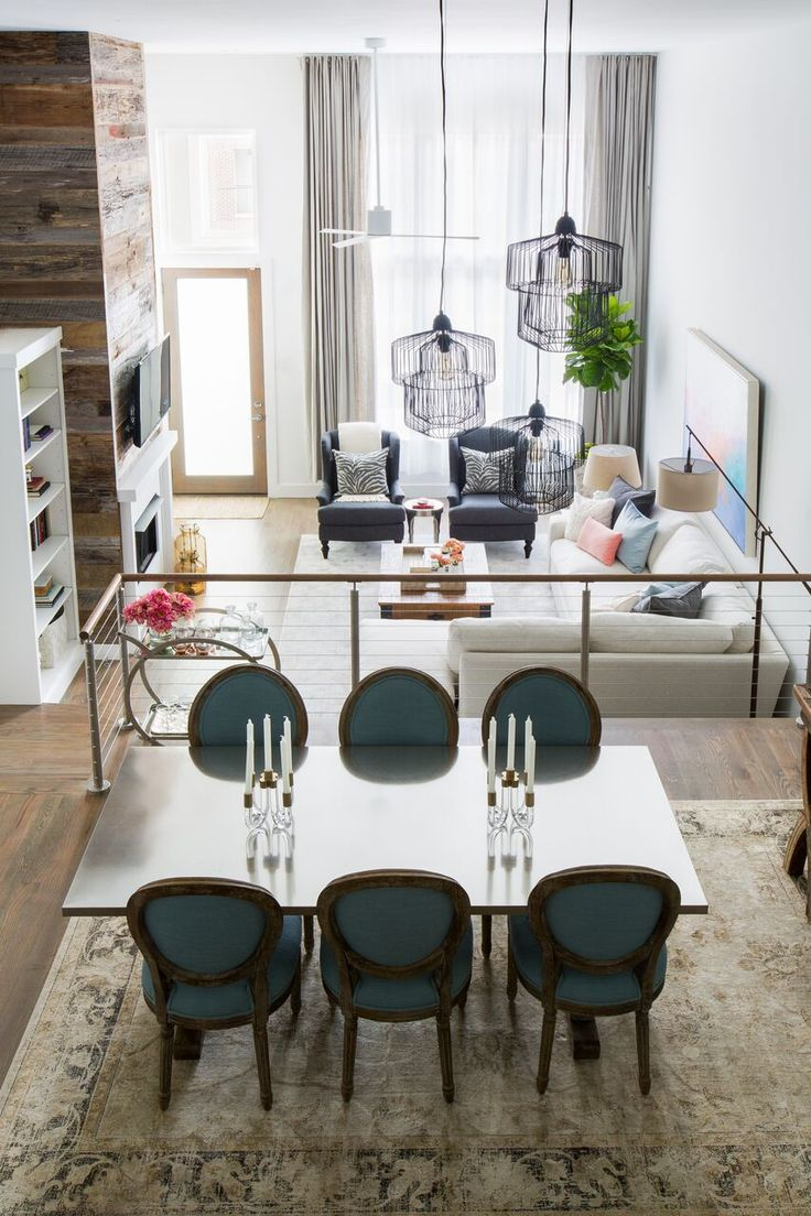 A Mix Of Traditional Rustic And Eclectic Decor Make This Open Floor Plan Condo