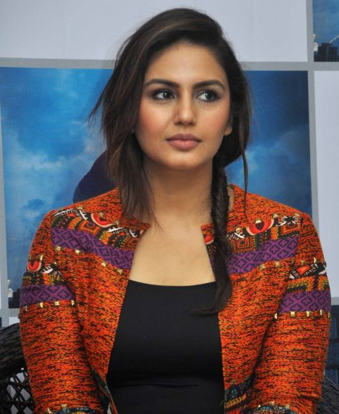 Best Actress of Huma Qureshi Free Wallpapers HQ Photos