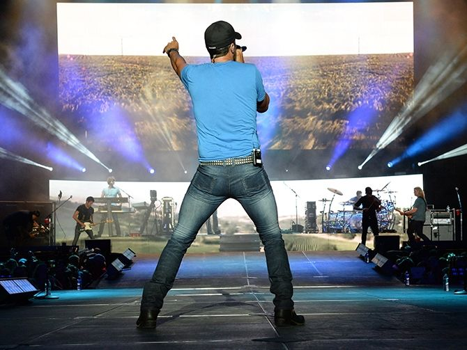 Country Cam: Luke Bryan shows off his sexy dance moves during the first annual Florida Country Superfest - Day 2 at EverBank Field - Day 2 in Jacksonville, Florida. Read more: http://www.wpoc.com/photos/main/country-cam-82079/#/3/22736269#ixzz34ut5Q4DM