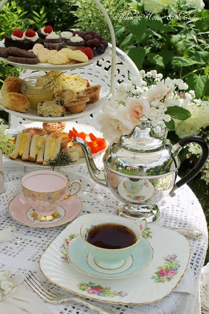 Aiken House & Gardens...tea and dainties...yum...