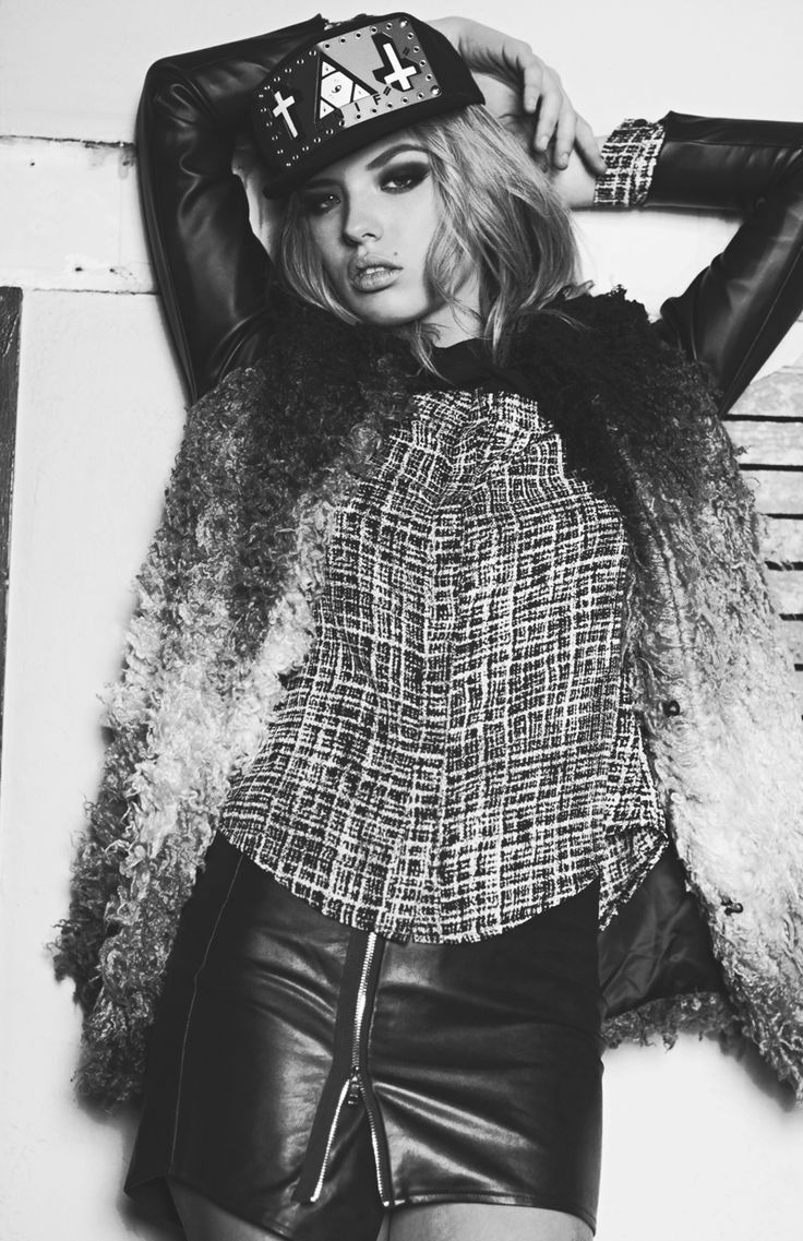 #fashion #style #inspiration #model #pose #editorial