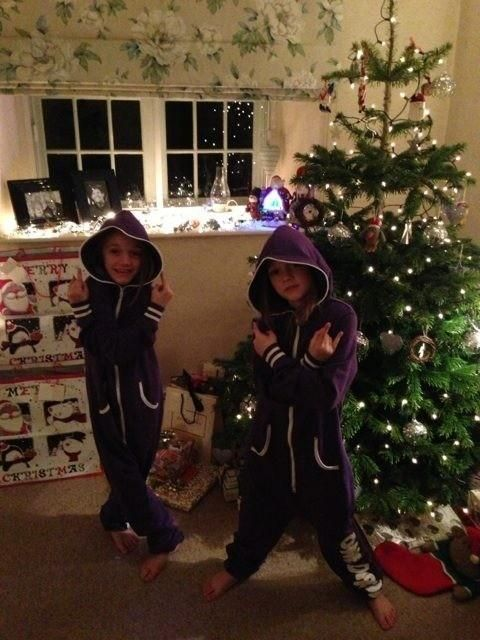 AWW Pheobe and Daisy in 1D onsies, so sweet @Emily Corson and @Julia Bazley these could be ur sister in laws one day :)