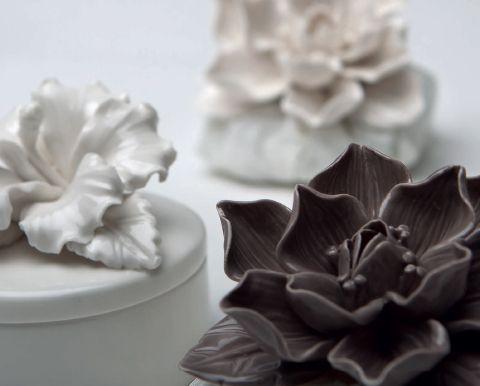 #Fiore in #ceramica di AD Emozioni. bit.ly/1JzZMbh