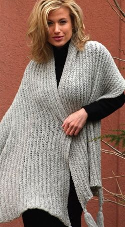 A really nice loom knit shawl pattern. Classic Shawl with Tassels