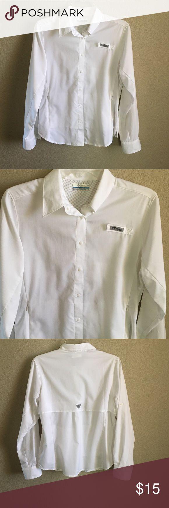 Columbia PFG shirt NWOT! White Columbia women's shirt Columbia Tops Button Down Shirts