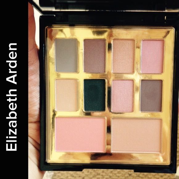 Elizabeth Arden Eyeshadow Palette Never used, only tried out one color. 8 eye shadows, 1 Color Shimmer Powder & 1 Blush. Colors are more intense and darker than the pictures. Elizabeth Arden Makeup Eyeshadow