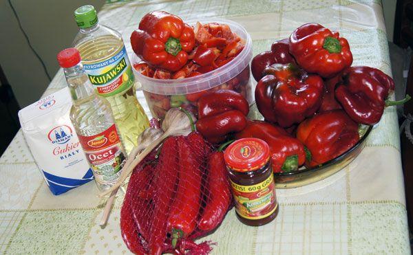 Kolanowska pasta paprykowo - pomidorowa