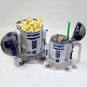 call me a nerd if you must but I want this drink container. Gotta love R2D2