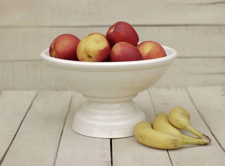 Frutero blanco de cerámica , fuente para frutas, recipiente frutas cerámica y alfarería, decoración hogar, regalo de inauguración de la casa de taniatterranova en Etsy
